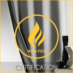 Equipe Rideaux Hotels - Certification Norme Non Feu M1 pour les professionnels