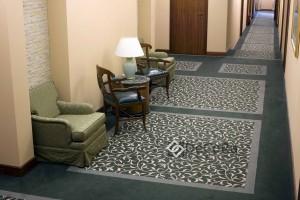 moquette-couloir-hotel-professionnel-rideaux