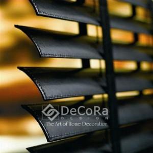 SxxJ002-persienne-horizontale-noir-rideaux-hotel-bureau-pro